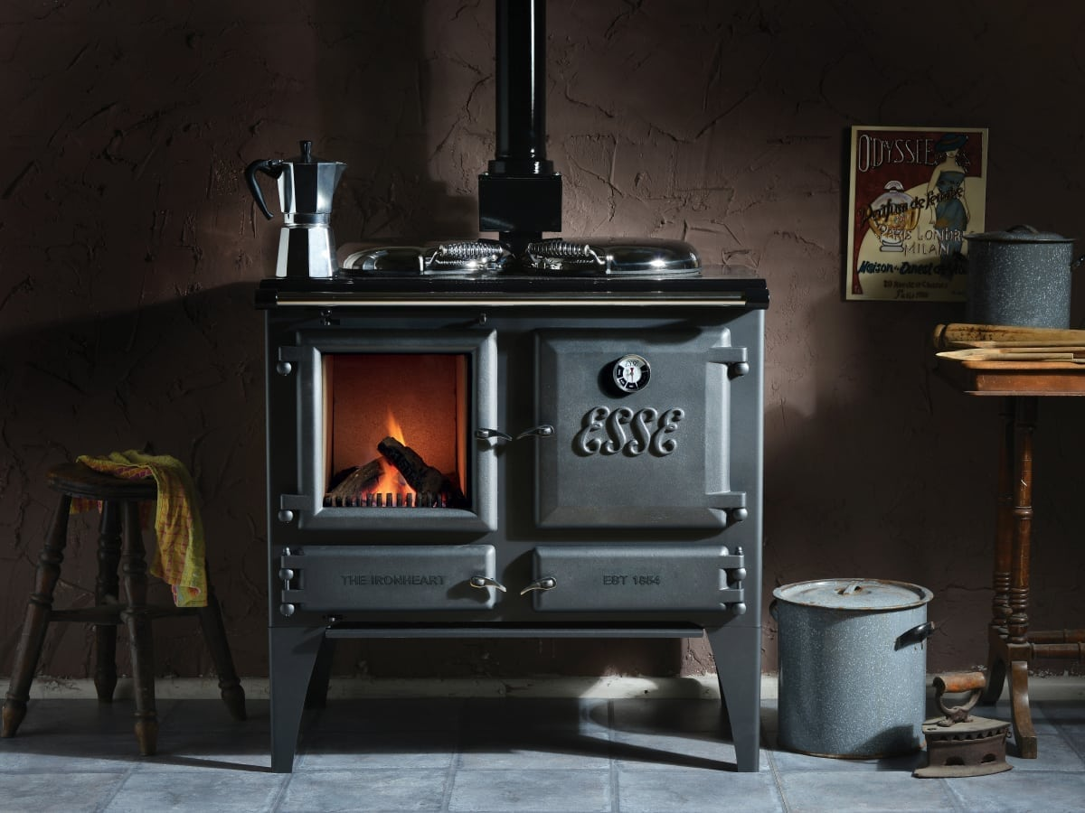Gas Double Oven Range The ESSE Gas Ironheart is a Stove and Range Cooker