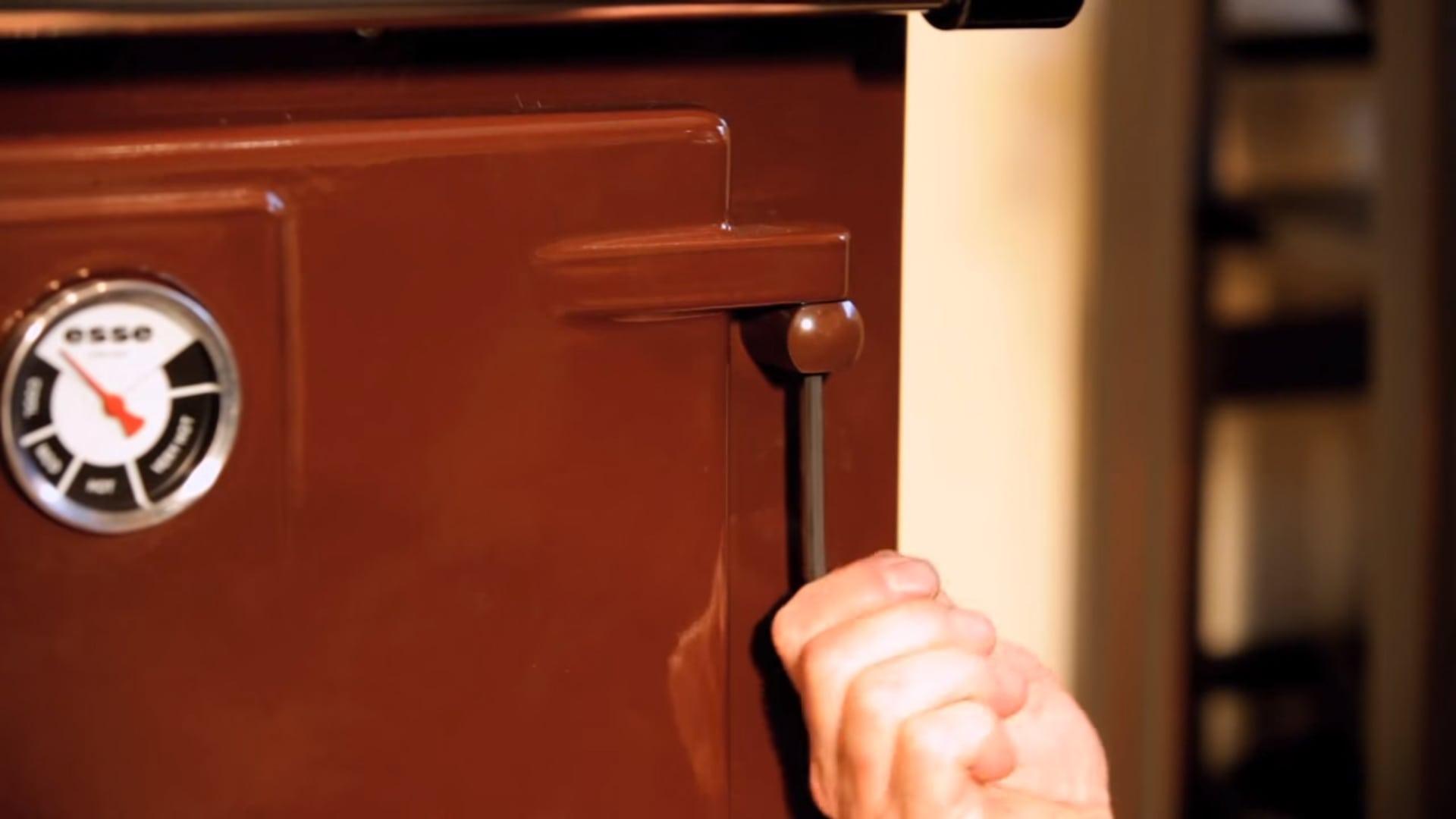 Adjusting The Door Level On Your Esse Range Cooker Esse
