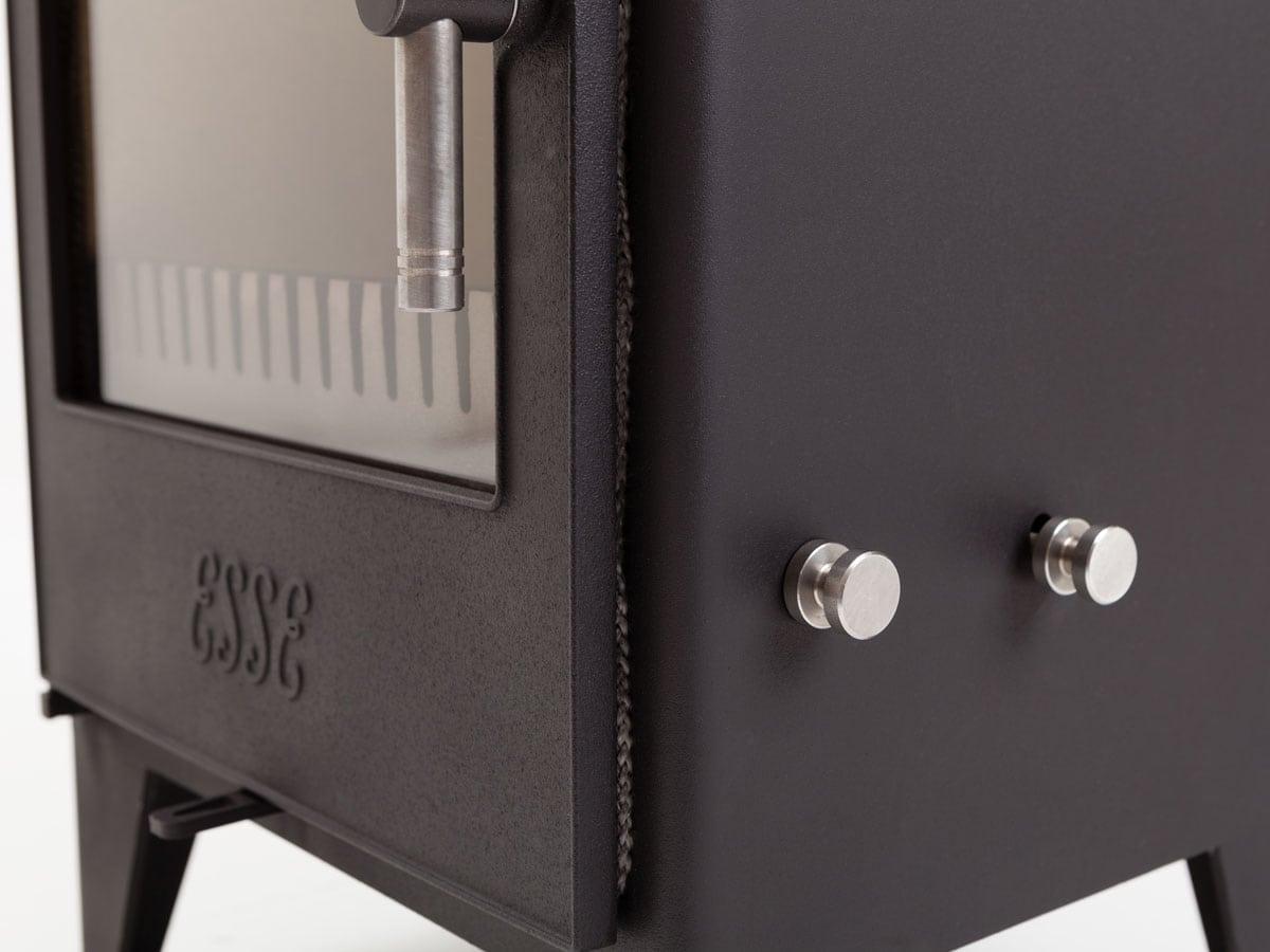 ESSE 525 SE corner detail