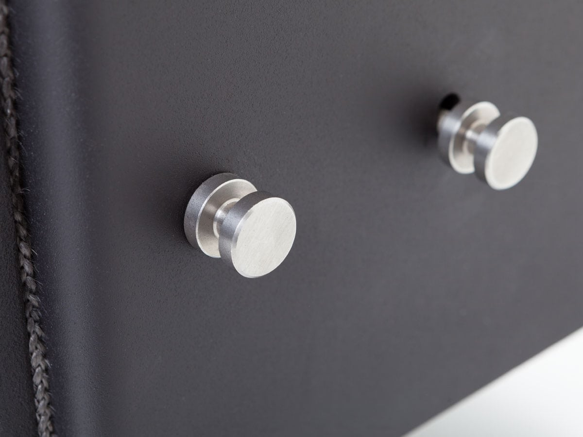 ESSE 525 SE detail closeup