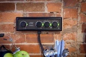 esse-500-el-controls-wall