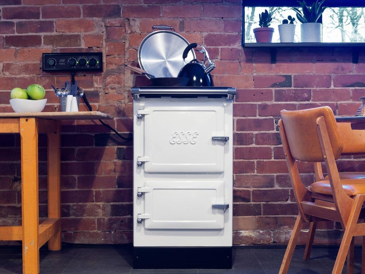 ESSE 500 EL roomset lid open with kettle
