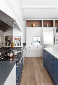 esse-990-el-blue-kitchen-side