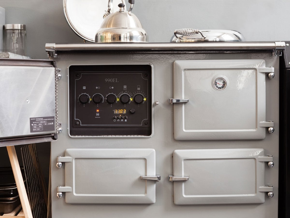 Range Style Cookers >> The ESSE 990 is a stunning induction range cooker