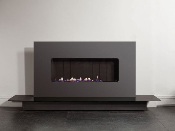 ESSE 48 landscape gas fire floor stand