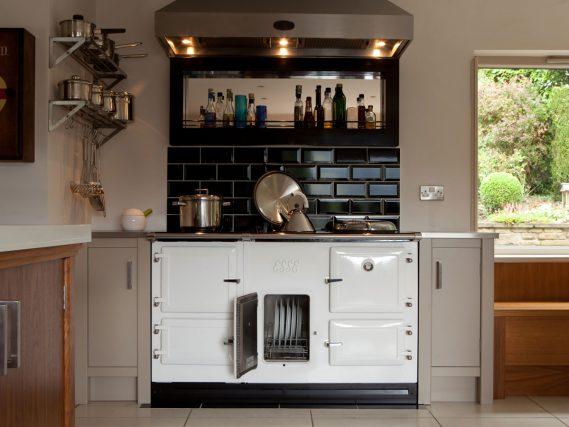 ESSE 990 Electric range cooker white oven door open