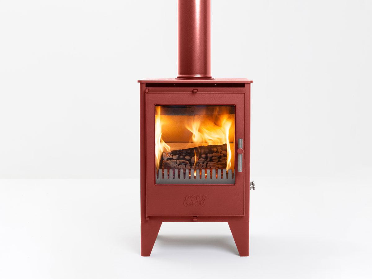 ruby coloured ESSE 550SE stove