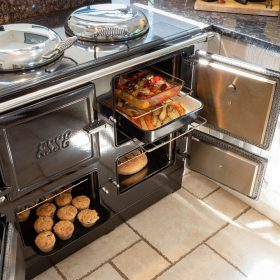 cooking food in an ESSE electric range cooker ovens