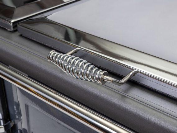 ESSE 990 ELX close up handle