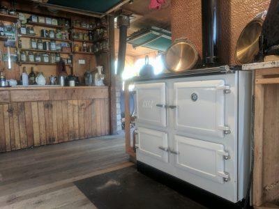 ESSE customers range cooker white and cream (2)