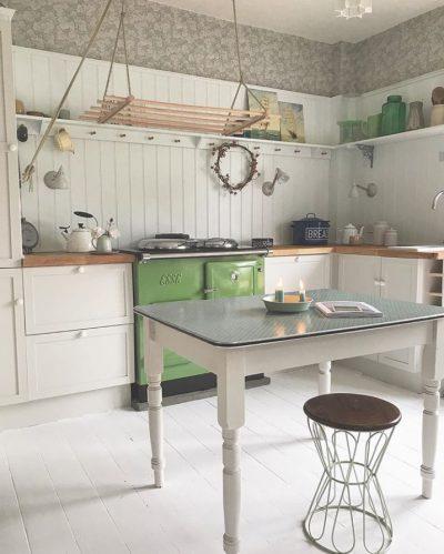 ESSE customers range cookers fern green (8)