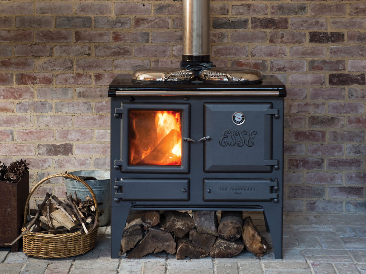 The Ironheart Multifuel Cooker Warms