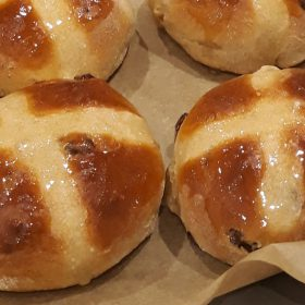 ESSE cooked fresh hot cross buns on a tray