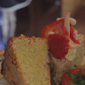 ESSE baked almond cake