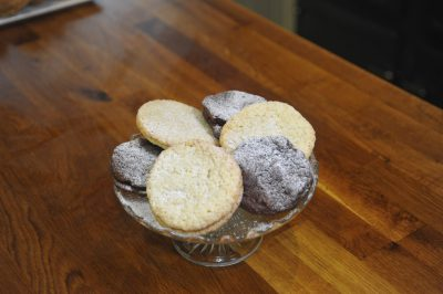 ESSE baked vegan chocolate cookies